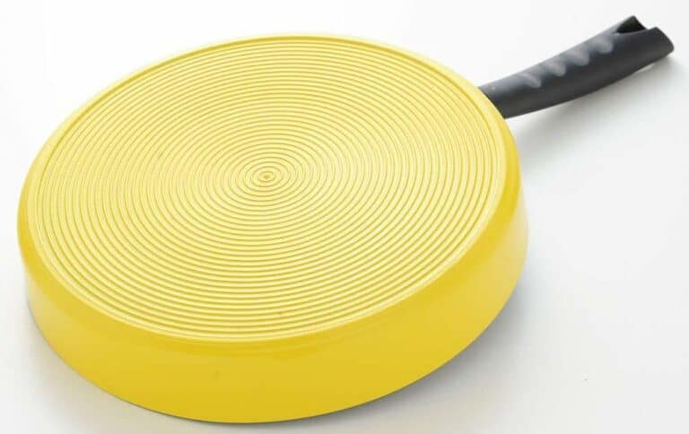 Arnest Three Section Nonstick Frying Pan Yellow Bottom
