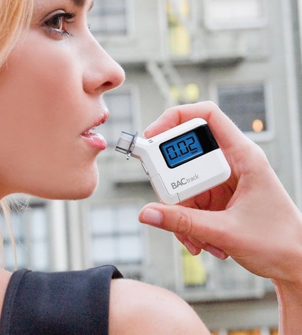 BACtrack S35 Breathalyzer Portable Breath Alcohol Tester Drive Safely