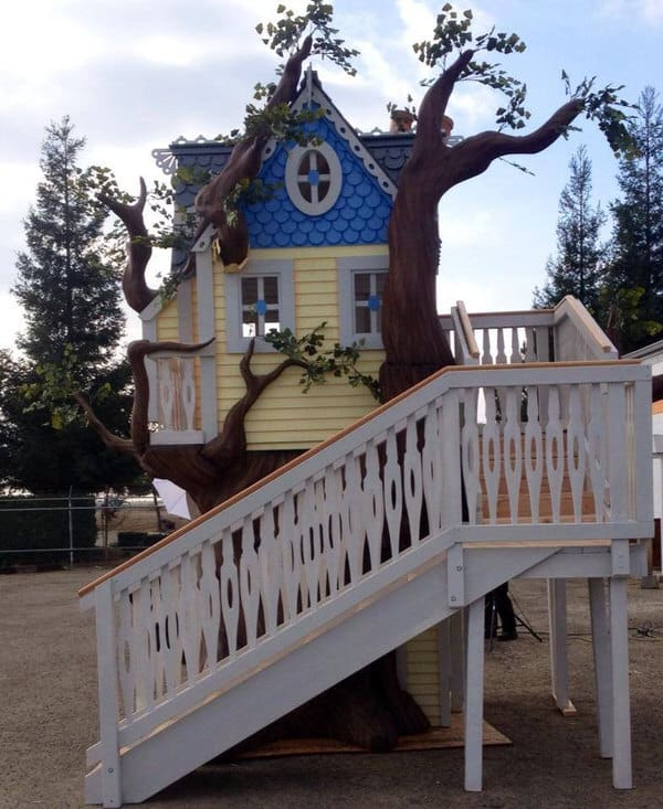 Monster City Studios Victorian Tree House Fairytale