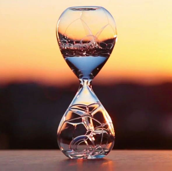 Studio Note Awaglass Hand-blown Timer Bubble Hourglass Intriguing Product