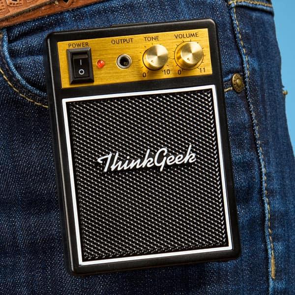 Thinkgeek Electronic Rock Guitar Shirt Small Amplifier