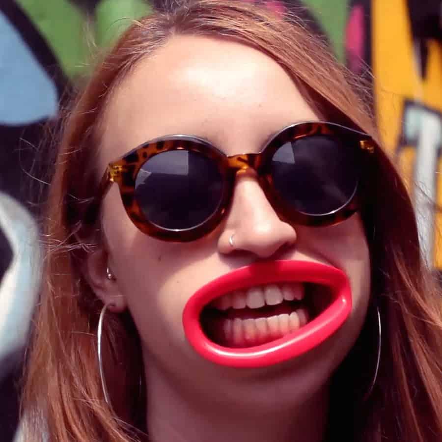 HyperLip Plastic Prosthesis Lips Funny Weird Gift to Buy