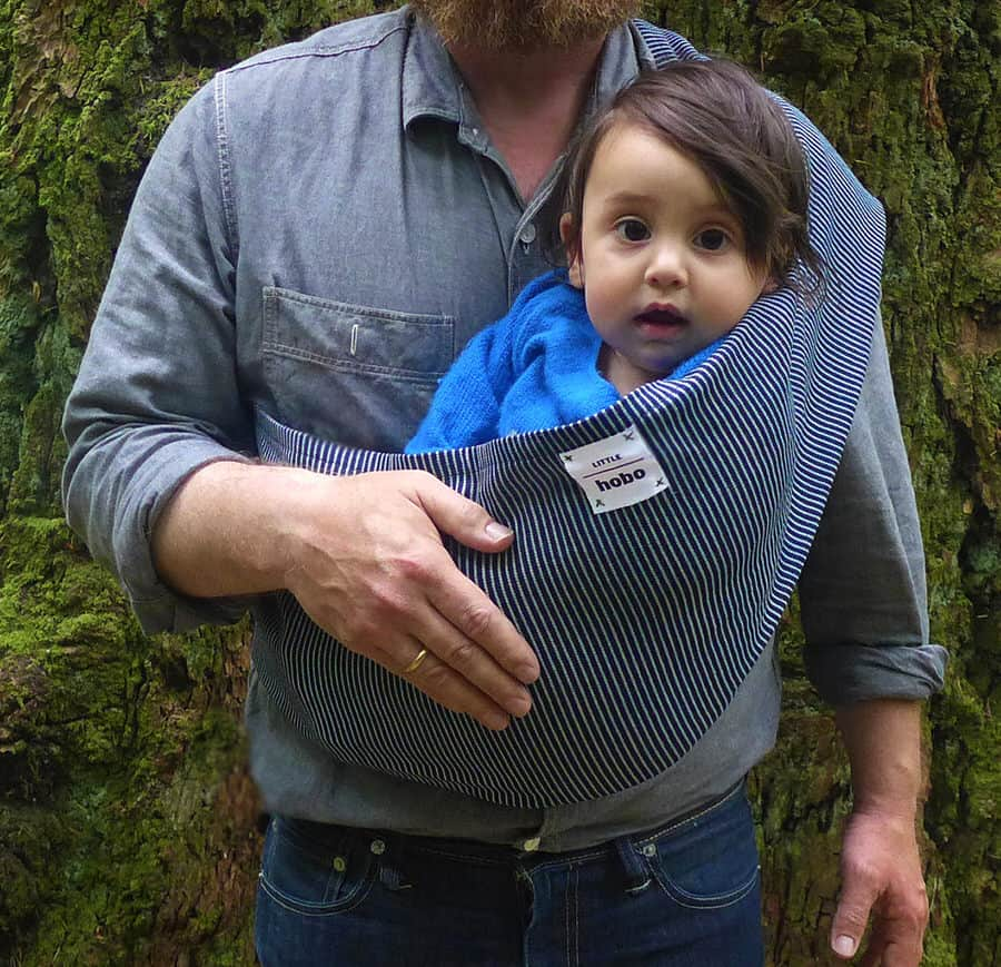 Keep your baby close and warm, wherever you go.