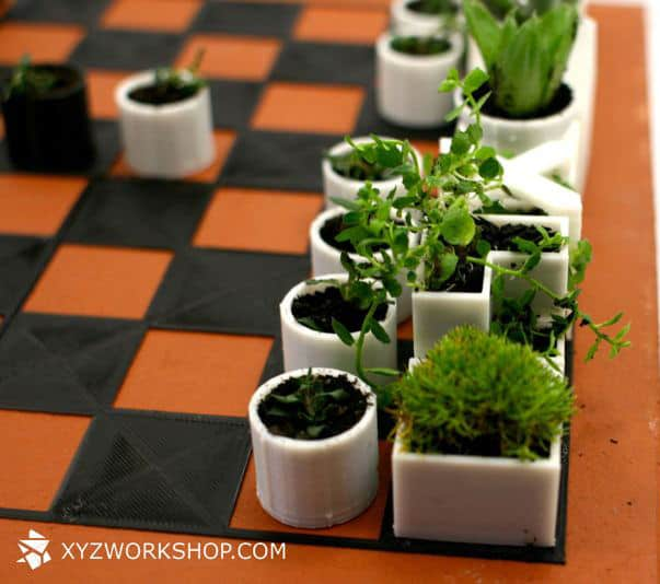 Micro Planter Chess Set White Pieces