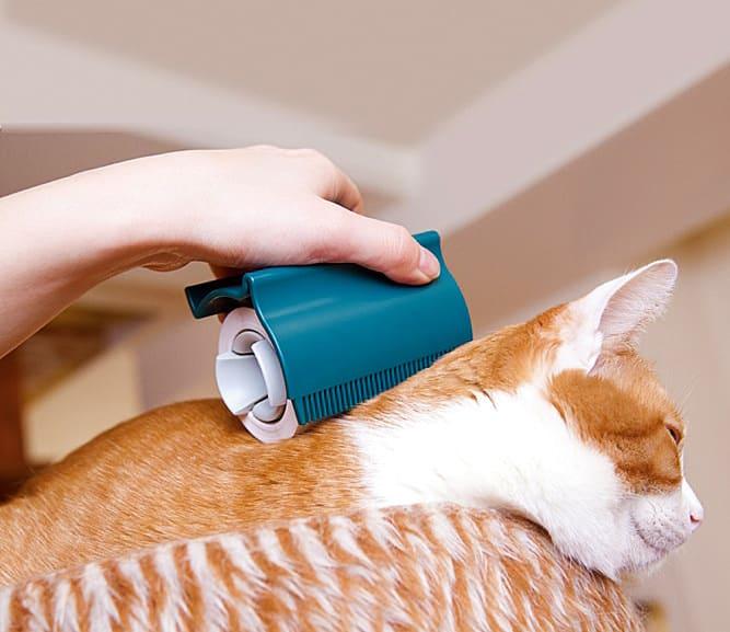 Oppo Groomo Cat Brush Clean Fur
