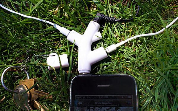 Kikkerland Music Branch 3-Way Head Phone Splitter Gift for Teenagers