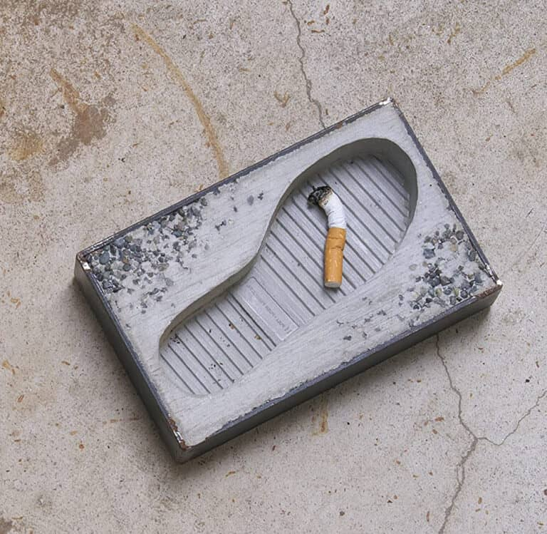 Pull+P ush Concrete Foot Ashtray Cool Gift for Smokers
