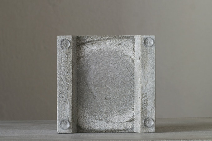 Pull+Push Concrete Hasui Planter Bottom Leg Detail