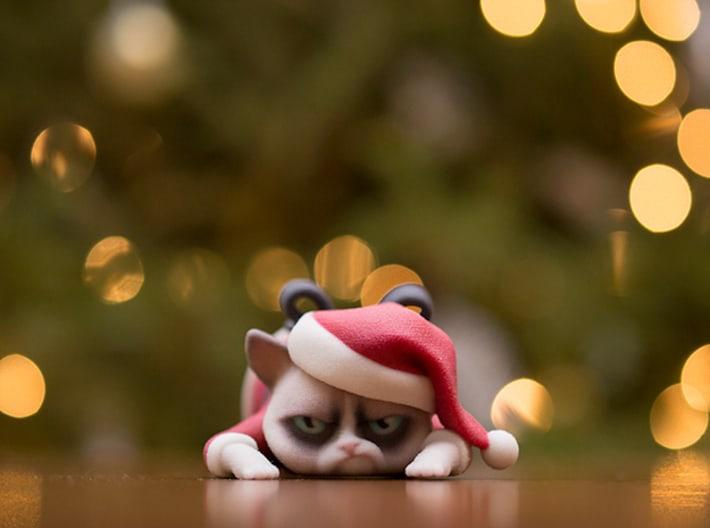 3D Printed Grumpy Cat Christmas Edition Meme Toy