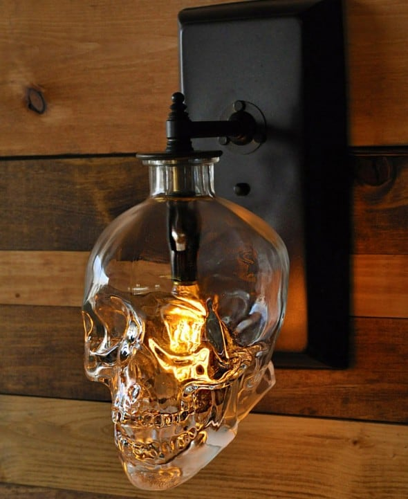 Glowing crystal skull for your wall.