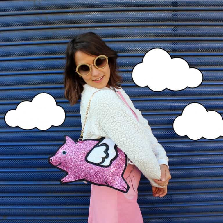 Pink Glitter Flying Pig Clutch Handbag Trendy Fashion Accessory