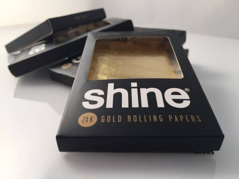 Shine 24k Gold Rolling Papers Baller 12 Sheeter Box