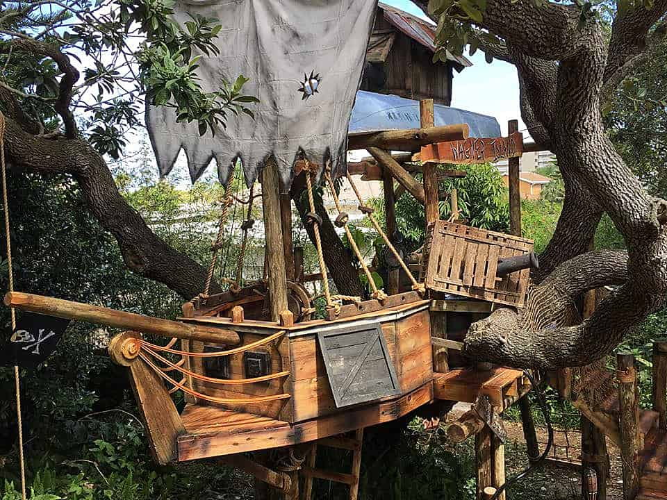 Tiny Town Studios Tom Sawyer Pirate Ship Treehouse