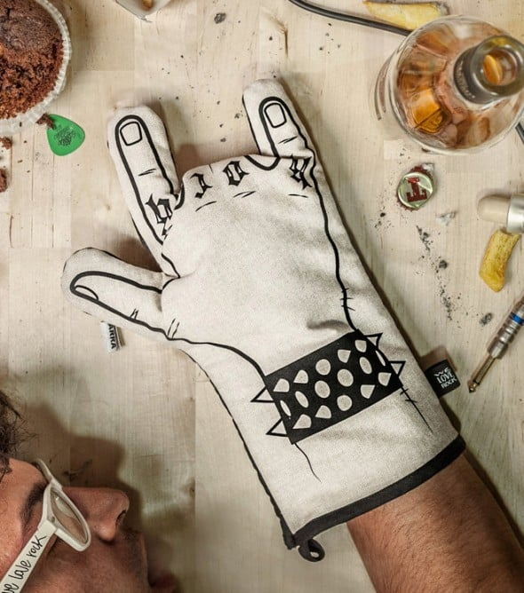 We Love Rock Rock'n'roll Kitchen Glove Buy Mancave Stuff