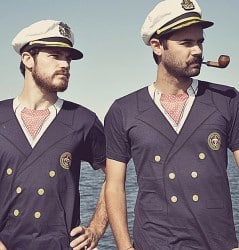 Look smart and witty with an sailor tee.