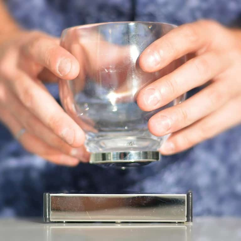 Oak Bottle Levitating Cup Cool Dining Utensil
