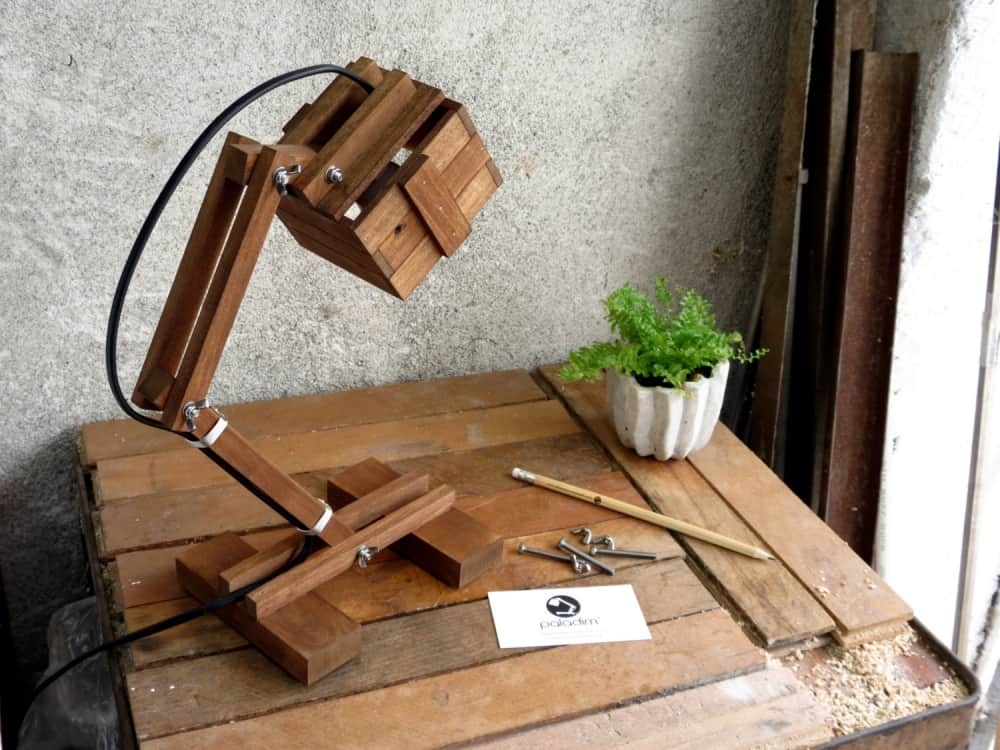 Paladim Kran VI Wooden Lamp