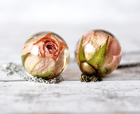 Resity Rosebud Resin Ball Necklace Affordable Gift Idea for Her