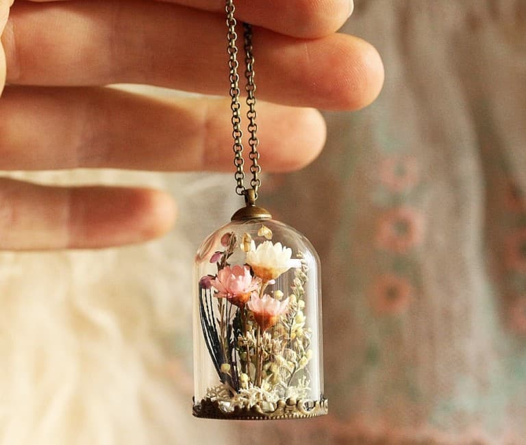 Ruby Robin Boutique Real Flower Locket Buy Girly Stuff