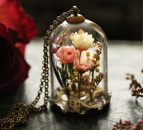 A miniature garden in your locket.