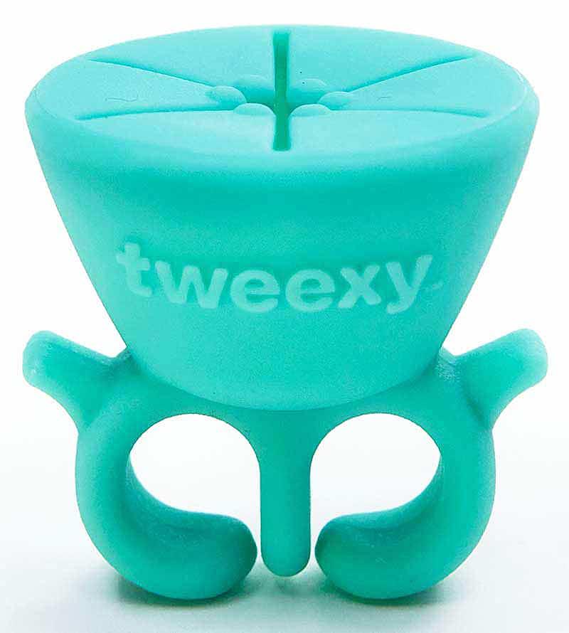 Tweexy Wearable Nail Polish Holder Cute Spa Equipment