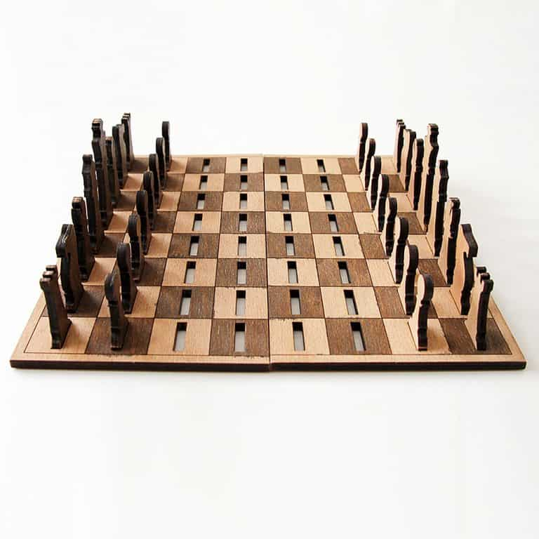 Ilem Leather Goods Flat Wooden Minimalist Chess Set Portable Novelty Item