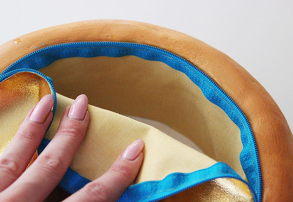 Rommy De Bommy Donut Jewelry Purse Accessory for Women