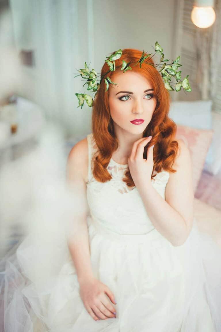 Eten Iren Green Wedding Butterflies Crown Spring Theme