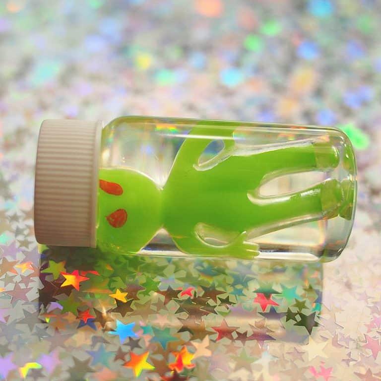 Vintage Loser Glow in the Dark Alien Specimen in a Bottle Awesome Novelty Item