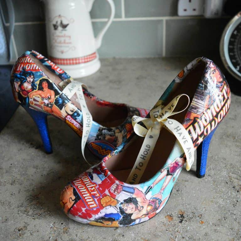Comic Book Shoe Zone Custom Wonder Woman Heels Cool Dress Shoes