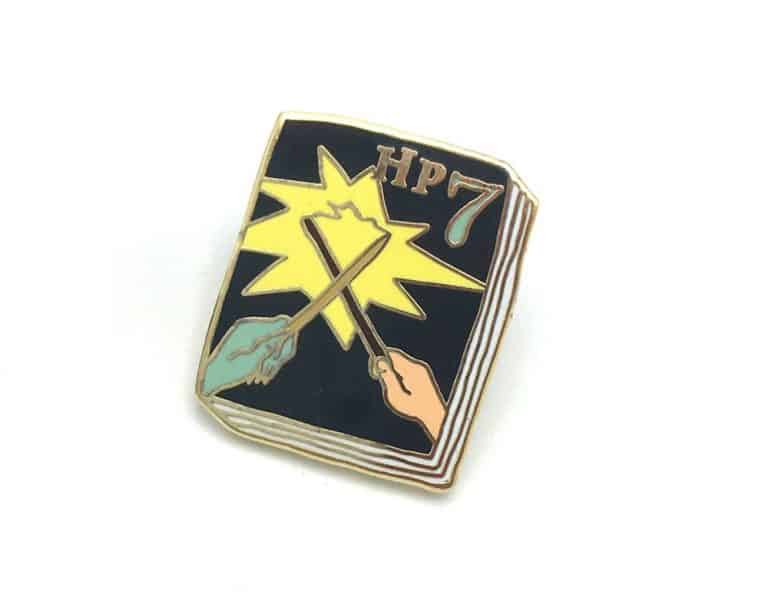 Ideal Bookshelf Harry Potter Book Badge Pin Volume 7