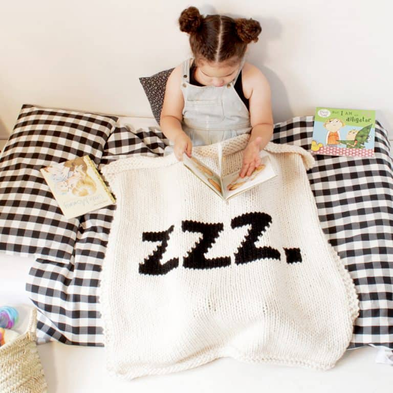 Yarning Made ZZZ Baby Blanket Cool Bedroom Material