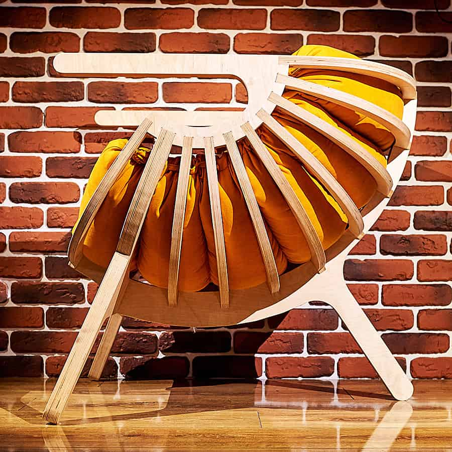 Ipatov Style Wooden Chair Made from High Quality Plywood with Pillow
