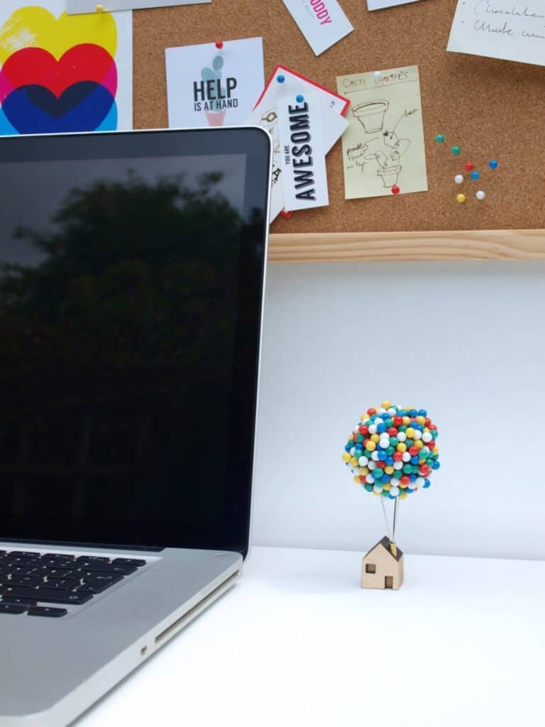 Clive Roddy Up-inspired Balloon Pin House Cool Desktop Accessory