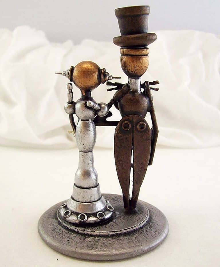 builders-studio-elegant-robot-couple-wedding-cake-topper-table-decoration