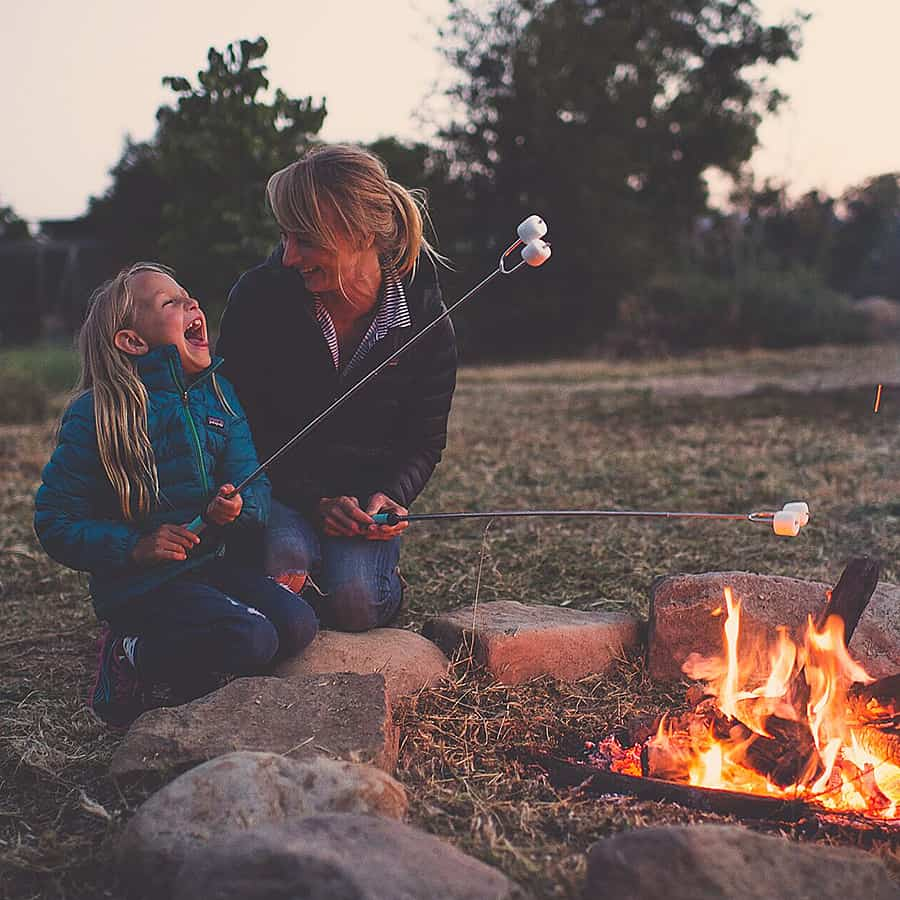jolly-green-products-marshmallow-roasting-sticks-campfire-cooking