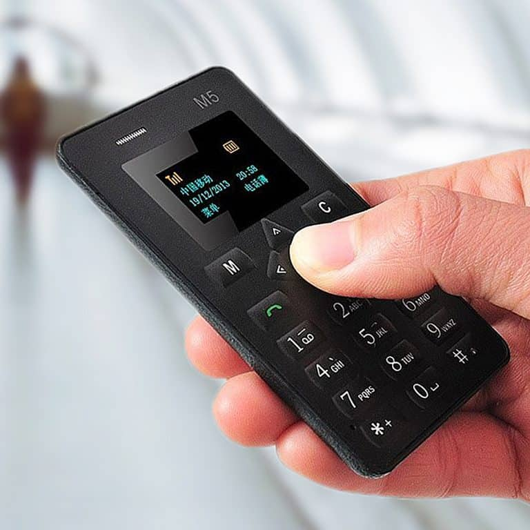 m5-credit-card-sized-mobile-phone-electronics