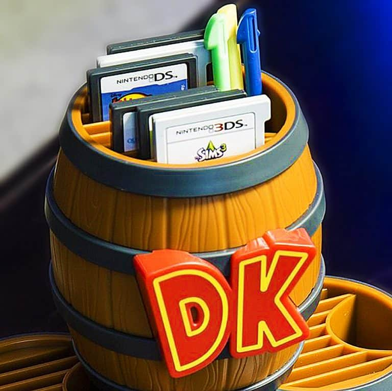 nintendo-donkey-kong-barrel-game-card-storage-desk-item
