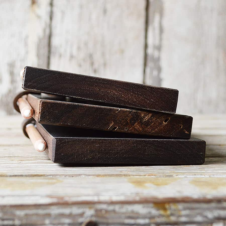 peg-and-awl-chalk-tablet-made-from-walnut