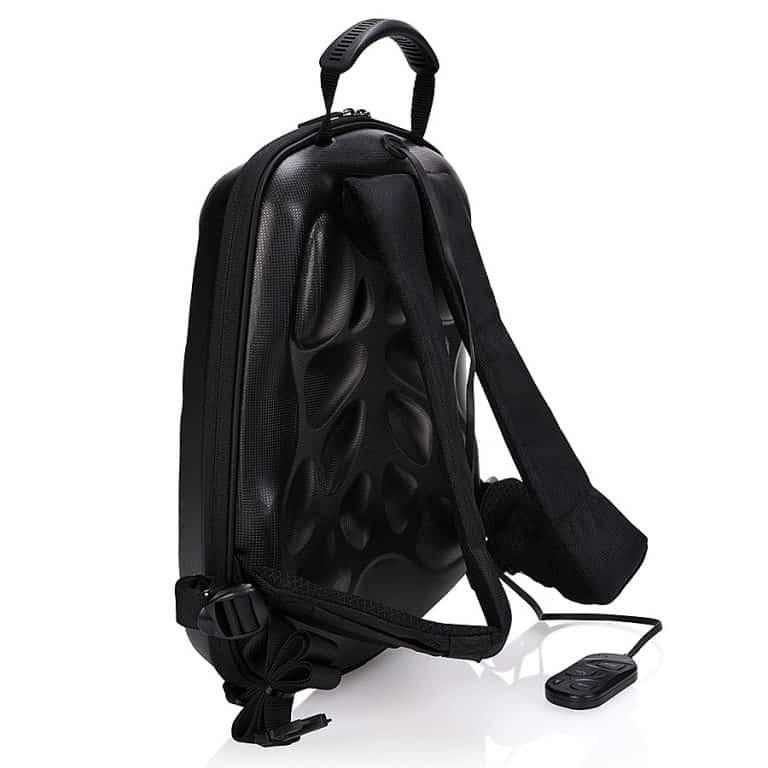trakk-shell-waterproof-multi-function-bluetooth-speaker-backpack-full-size-52000mah