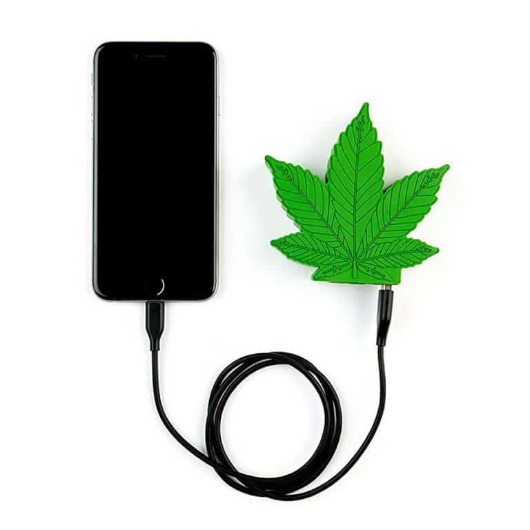wattz-up-green-crack-portable-charger-android-and-apple-compatible