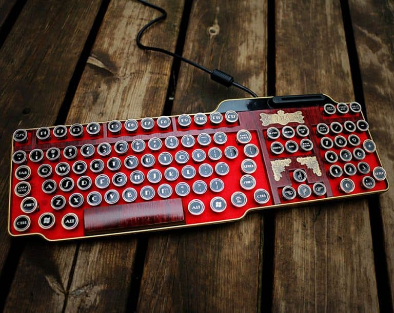 bing-hand-craft-red-steampunk-keyboard-hardware