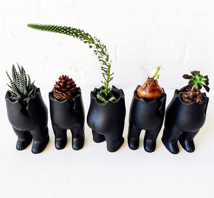 earth-sea-warrior-spring-tushiez-planters-ceramic
