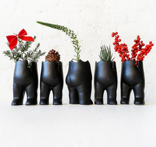 earth-sea-warrior-spring-tushiez-planters-porcelain