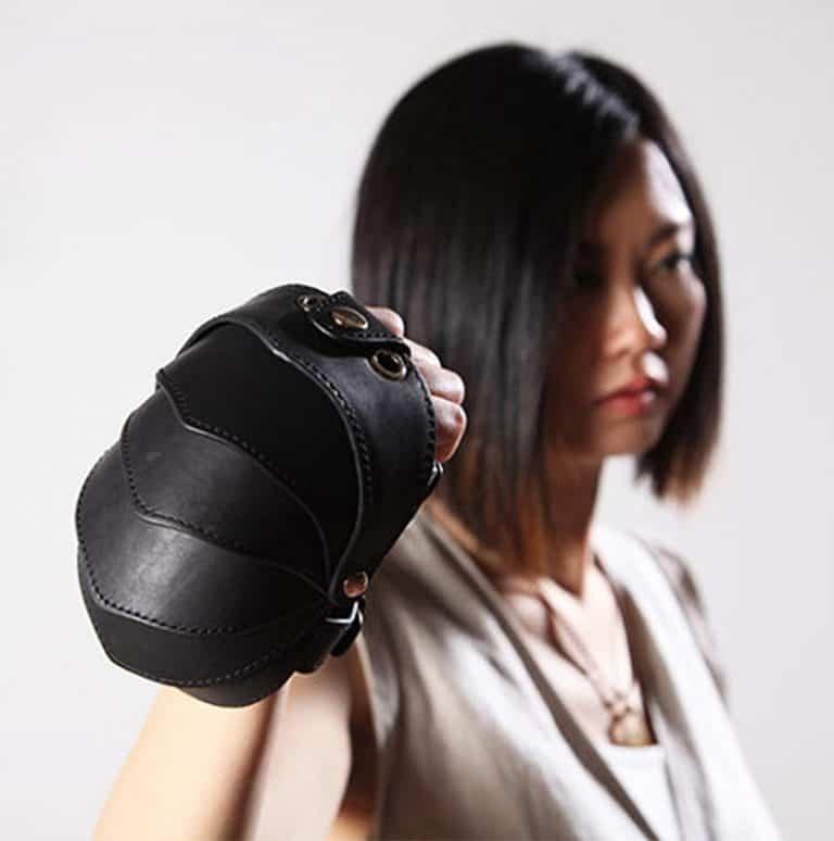 kili-design-beetle-bag-wrist-wallet-wristlet