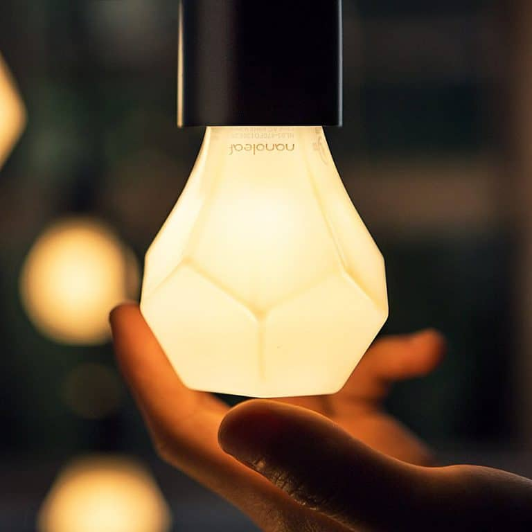 nanoleaf-gem-decor-led-light-bulb-standard-dimmer-switch