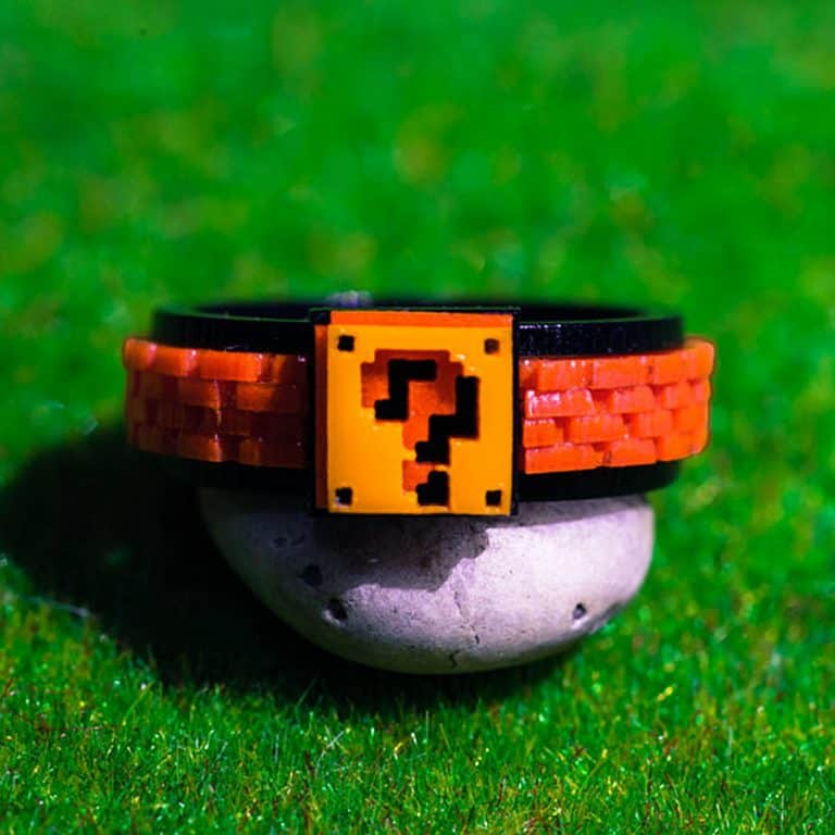 nastalgame-mario-box-acrylic-ring-couple-rings