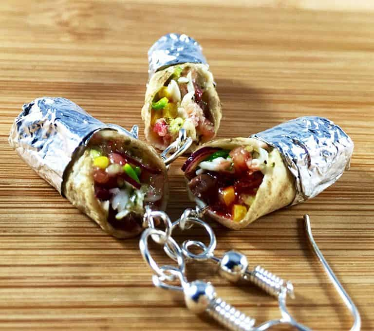 urtnrackys-burrito-earrings-polymer-clay