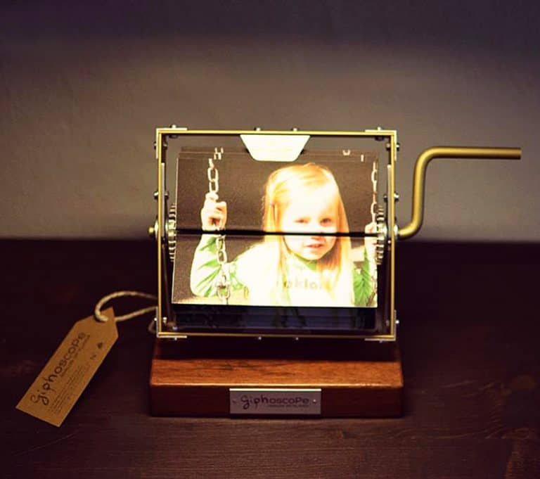 giphoscope-vero-analog-gif-player-home-displays