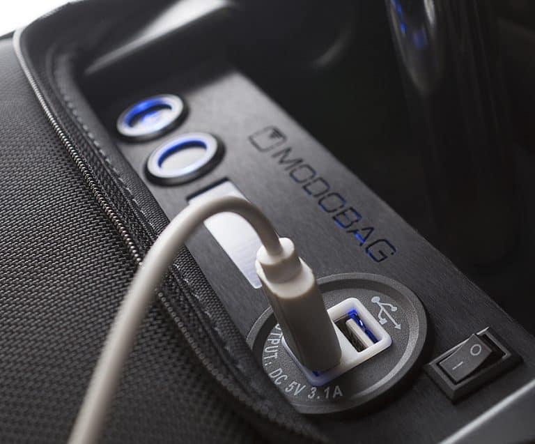 modobag-motorized-rideable-luggage-usb-port